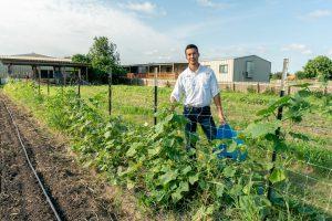 Farm to School Month_Hernan Colmenero   IDEA Public Schools